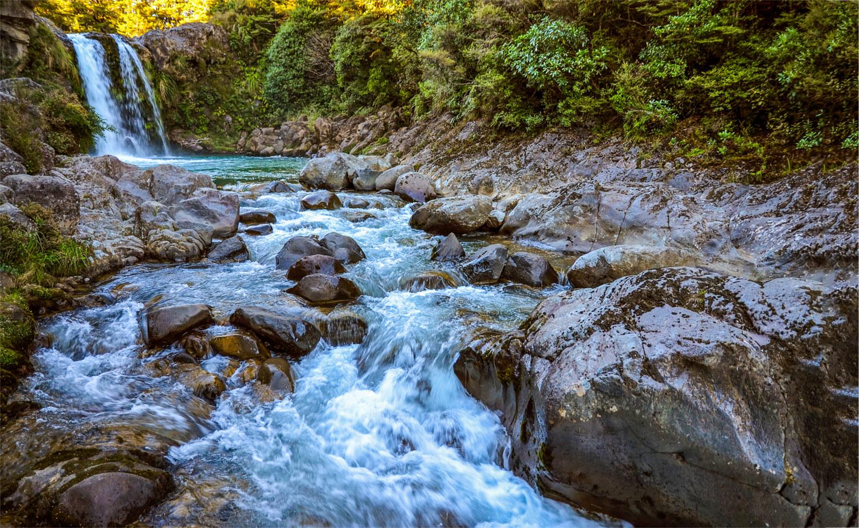 Natural flokati production Greek mountain stream water milling process