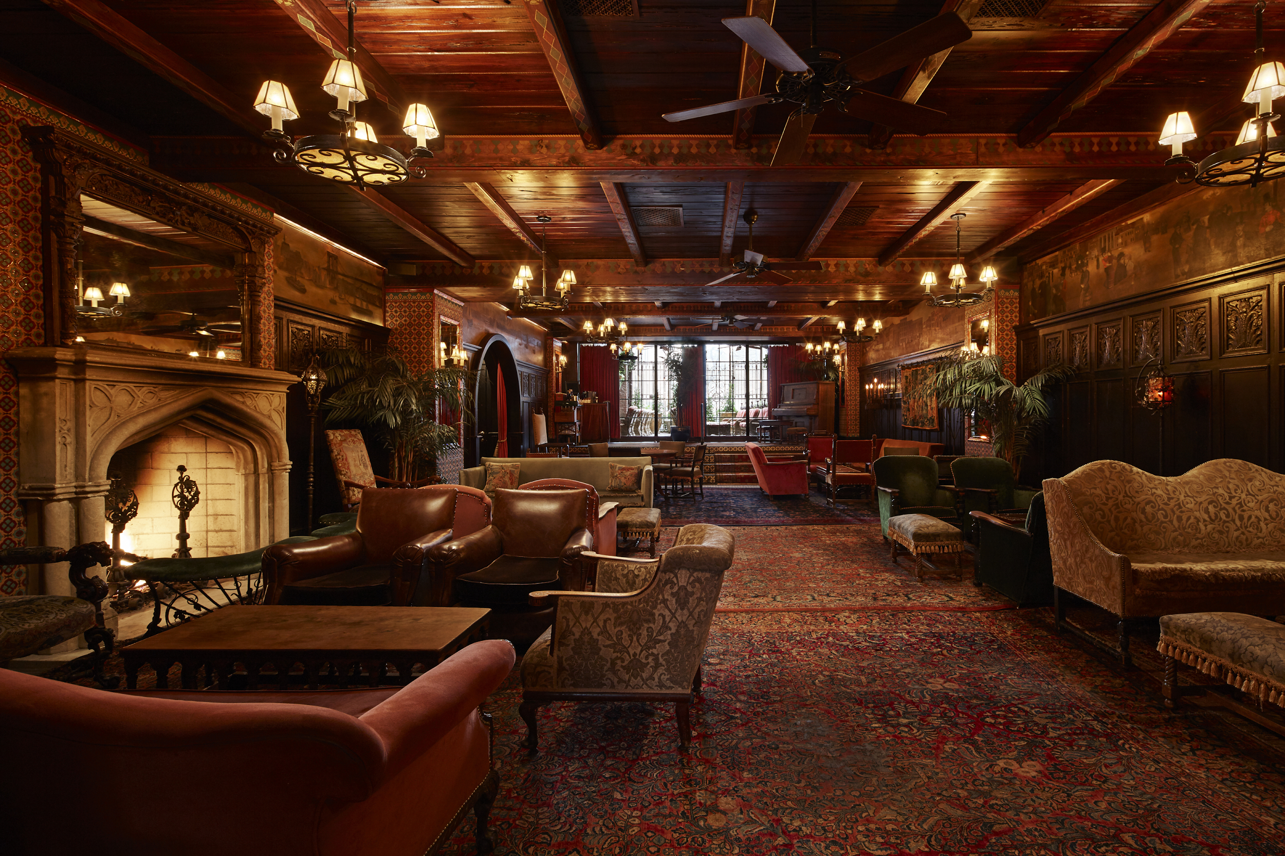 Hotellobby THE BOWERY Hotel mit Orientteppichen