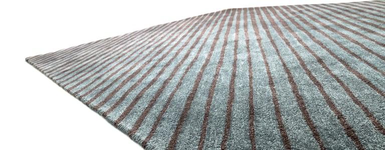 gestreifter Outdoorteppich für Terrasse oder Balkon recyceltes PET