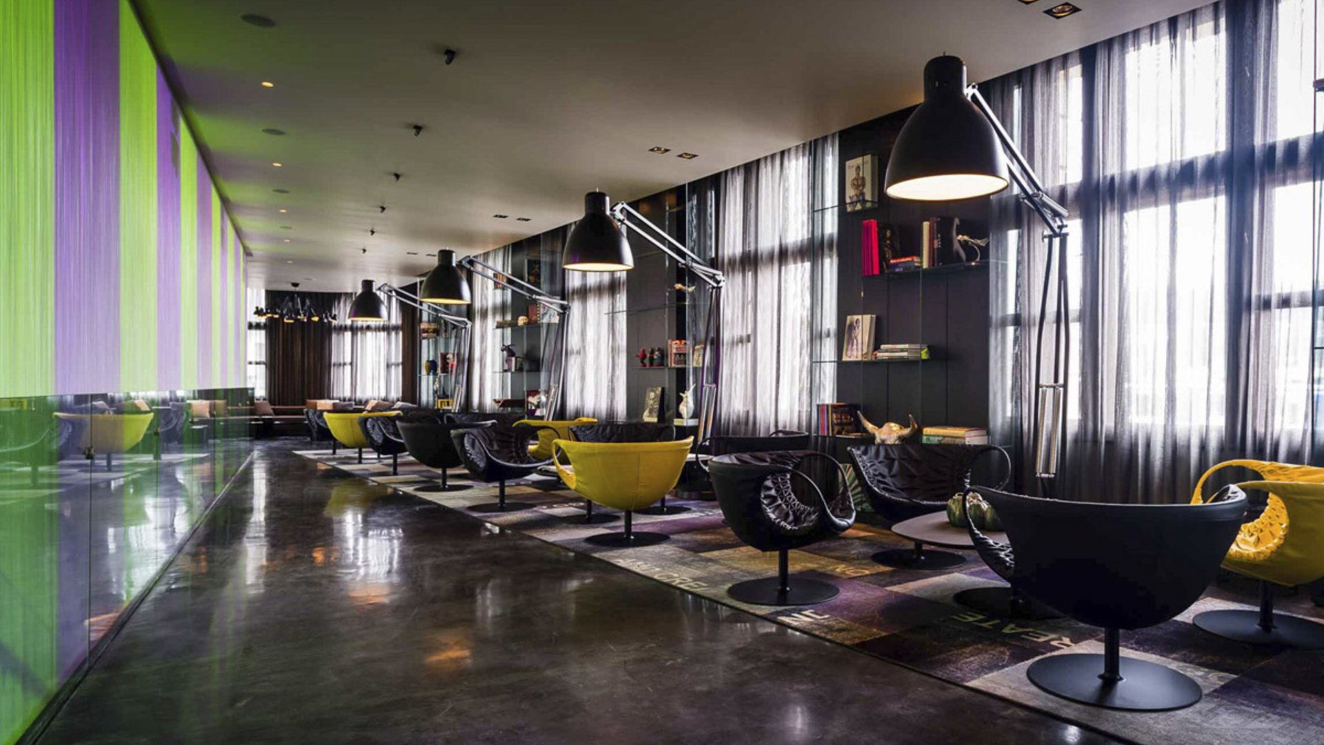 Art'otel Amsterdam modernes Hoteldesign durch Digital Space